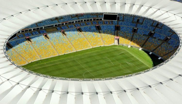 flamengo bragantino: a imagem é uma fotografia aérea do Maracanã vazio