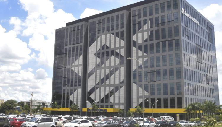 Serviços do Banco do Brasil: panorama do prédio do Banco do Brasil